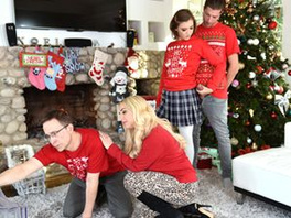 Christmas Is The Best Time For Stepsiblings Sex